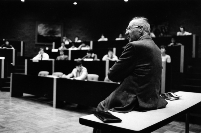 La vie de Peter Drucker, pape du management