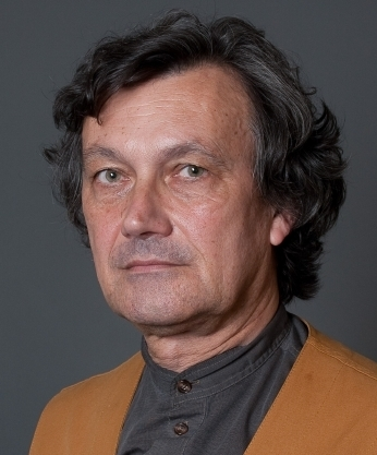 """François-Bernard Huyghe : """"le journaliste doit se distancier et faire comprendre que l'instrumentalisation des médias et du public est une composante de l'action terroriste"""""""
